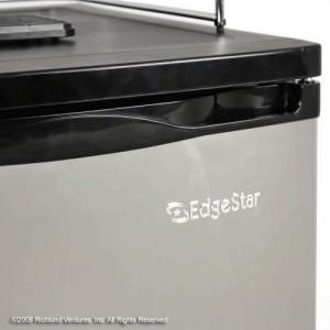 EdgeStar KC2000SSTWIN Close Up